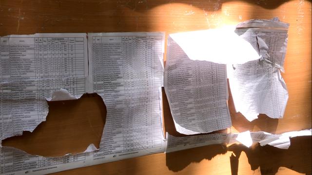 Недовольные итогами ЕКТ разорвали списки с результатами