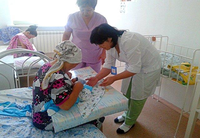 Мадина Жумабекова в одночасье стала многодетной мамой