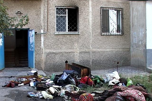Жильцы уверенны, если бы дорогу не перекрыли,   пожар не уничтожил все имущество
