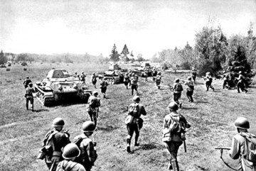 В Курской битве участвовало около 1200 танков