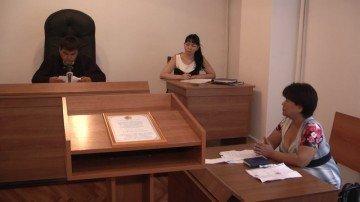 В Аль-Фарабийском суде рассматривается дело о взыскании с матери ребенка-инвалида суммы пособия по уходу за ребенком
