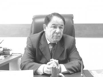 Берик Альзахов