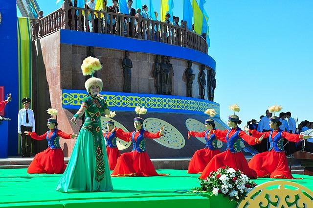 Поздравление с день независимости казахстана