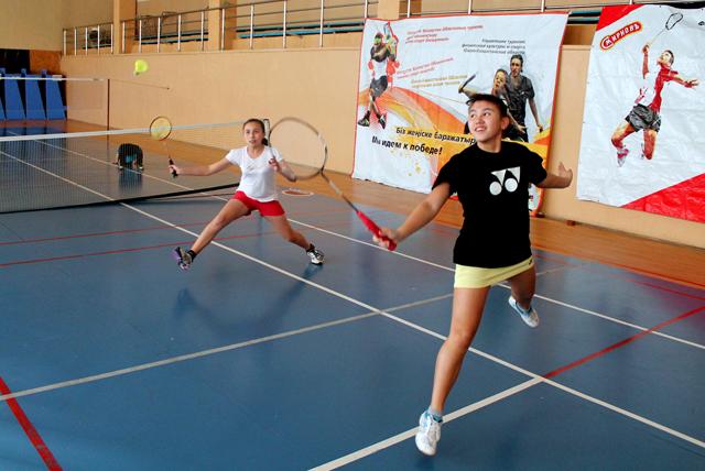 Подготовка к юношеским Азиатским играм бадминтонистов