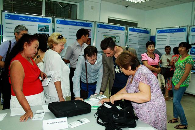 Акимы представили информацию об условиях, предоставляемых предпринимателям в индустриальных зонах Арыси, Туркестана и Отырарского района