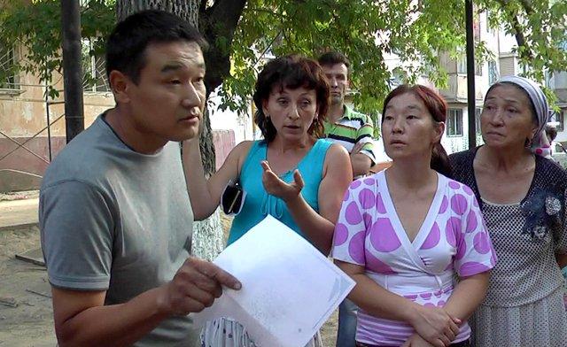 Сход жителей проспекта Республики №50