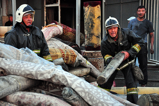 Пожарные спасали имущество. Сумма ущерба устанавливается