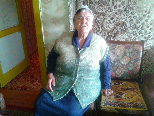 Фаина Чурбаева жалуется, что власти не обращают внимания на все ее жалобы