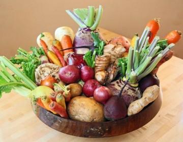 При правильном хранении овощей ценные и биологически активные вещества в них почти не теряются