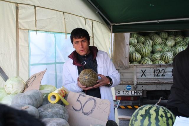 Любители дынь и арбузов не ушли без покупки