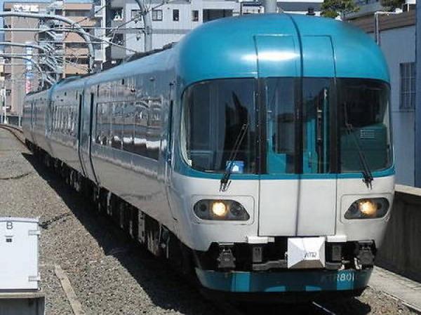 Новые вагоны экипированы сервисным инвентарем повышенного качества