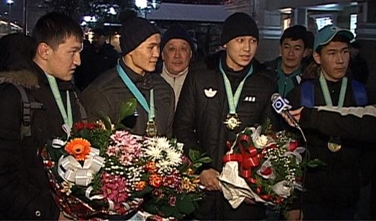 Призеры чемпионата Казахстана по боксу среди юниоров