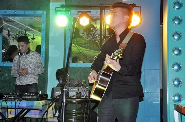 Ванчел Лигай -  басс гитарист группы