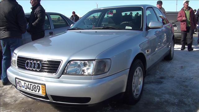 Автомобиль 1995 г.в. на авторынке Шымкента