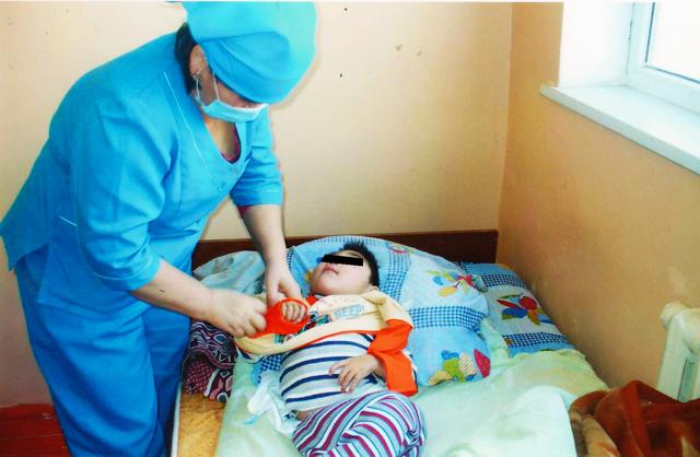 ВИЧ-инфицированный ребенок нуждался в особом уходе