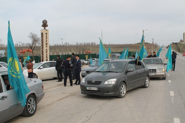 """На площади """"Наурыз"""" активисты разработали праздничный план движения колонны"""
