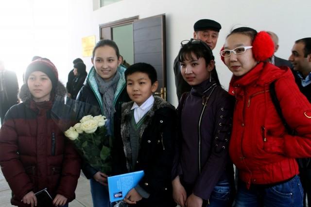 Поклонниками оказались ученики Назарбаев интеллектуальные школы