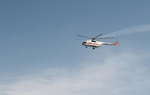 На разведку обстановки, на место возможной чрезвычайной ситуации, был направлен экипаж спасателей на вертолете МИ-8