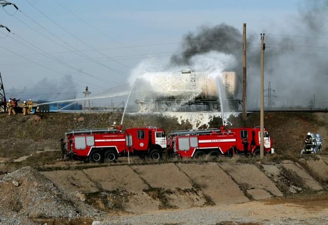 Для ликвидации последствий сюда были привлечены силы и средства оперативно-спасательного отряда областного Департамента ЧС