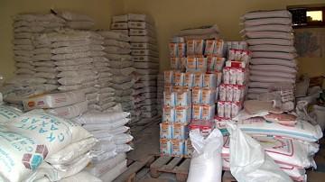 Ограничения по весу чиновники ввели специально для того, чтобы перекупщики не скупали дешевый сахар и не перепродавали его по завышенным ценам