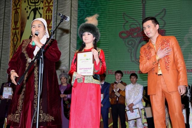 Обладатель первого места Кажымукан Абзалов