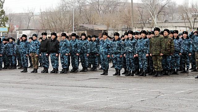 2 месяца молодых людей обучали всем азам полицейского дела