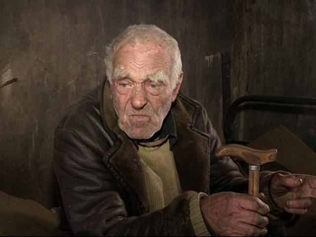 По словам самого пенсионера, такую старость он не мог представить даже в страшном сне