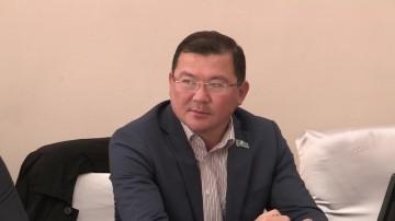 Депутат городского маслихата Нургазы Бухарбаев недоволен работой отдела ЖКХ