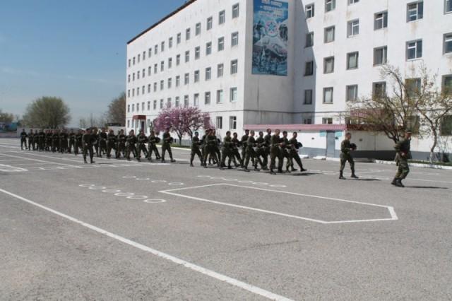 Штат военных психологов, введенный в вооруженных силах Казахстана 12 лет назад, должен находить слабые стороны бойцов и помогать им справляться с возникшими трудностями