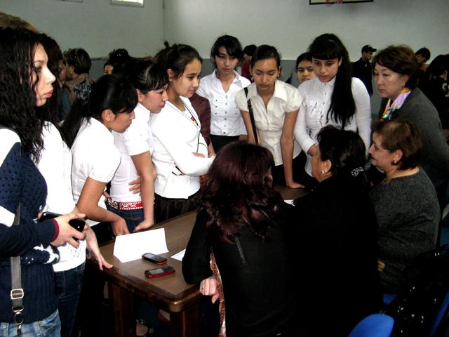 Трудоустроенных молодых специалистов станет больше