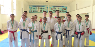 Участники чемпионата РК по каратэ-до из Шымкента