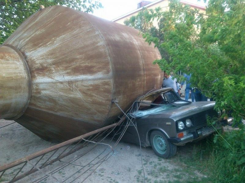 Ураганный ветер в Шымкенте