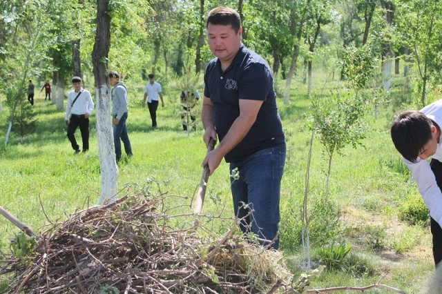 Заместитель акима Шымкента Бахадыр Нарымбетов активно взялся за работу