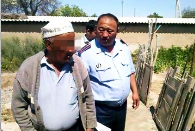 Шымкентский пенсионер выращивал маковую соломку на участке
