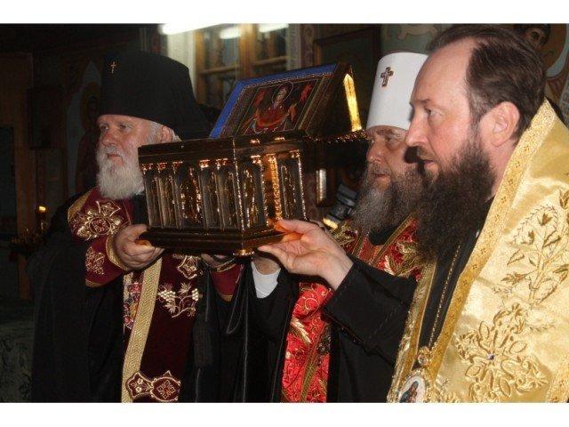 Торжественное внесение ковчега со святыней