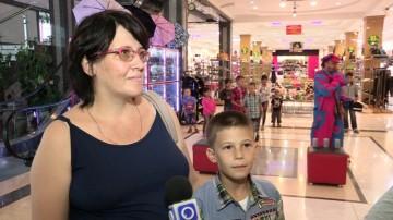 Мать 10 детей с сыном Гришей