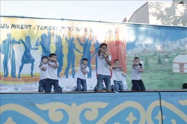 В батле приняли участие и самые маленькие танцоры