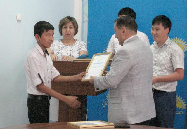 Помимо сотрудников СМИ награды получили и участники конкурса
