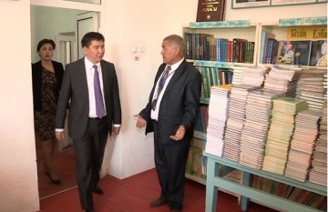 Министр образования посетил аварийную школу в Сайраме