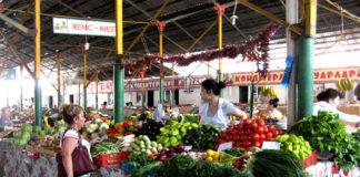 Ассортимент на рынках Шымкента позволяет удовлетворить желания даже самых капризных хозяек