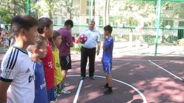 Право первого удара по мячу предоставили акиму района.