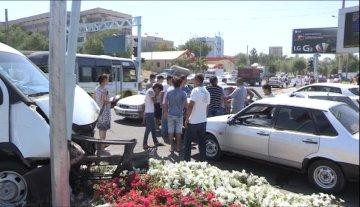 В ДТП пострадали сразу 5 автомобилей