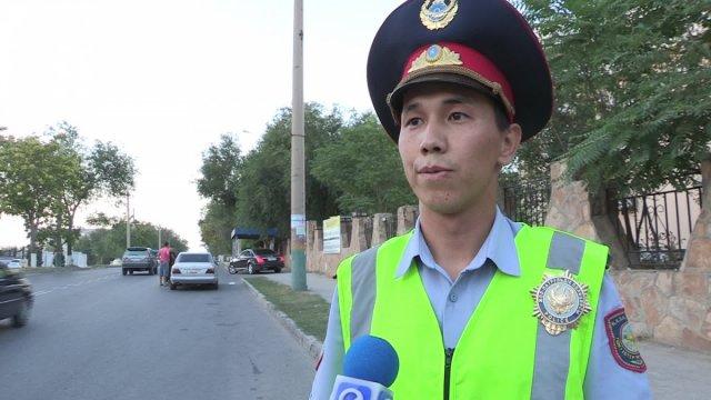 """Нариман Арыспаев, инспектор дорожно-патрульной полиции: """"Молодежь чаще всего ездит без пристегнутого ремня, превышает скорость, выезжает на встречку, пытаясь обогнать участников дорожного движения"""""""