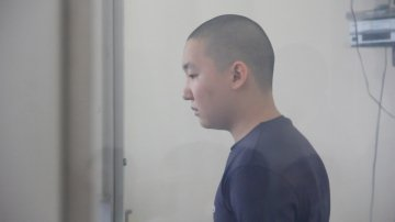 """Тимур Ким: """"Я в четыре тридцать сестренку должен был из школы забрать в этот день. Но не смог. Я даже дышать не мог - от страха. И еще, боялся ее замарать..."""""""