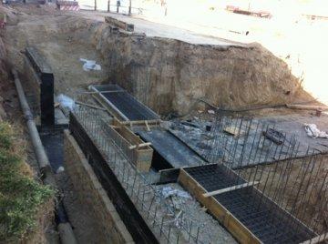 Специалисты отдела автомобильных дорог проверяют строителей по несколько раз на день