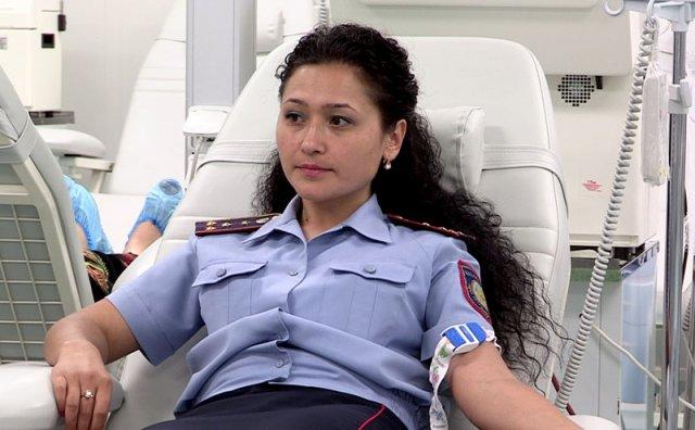 Среди добровольцев - инспектор штаба управления административной полиции, Луиза Газиева