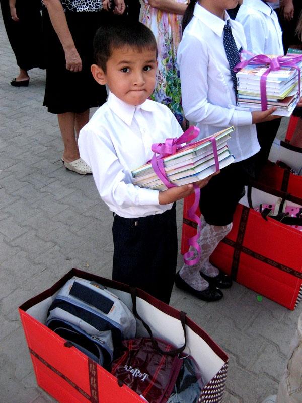Всего в этом году на социальную помощь детям из городского бюджеты выделено более 5 миллионов тенге