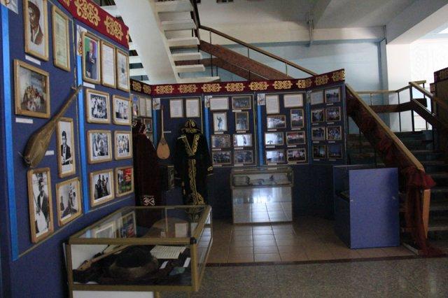 Выставка дает возможность ближе познакомиться с судьбами ярких и интересных людей