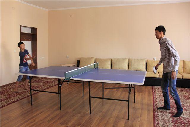В общежитие есть свои тренажерный и спортивный залы