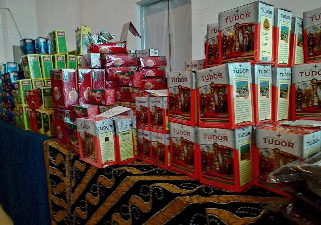 Здесь можно купить цейлонский и индийский чай